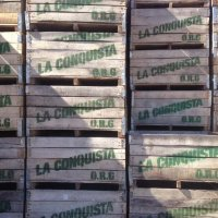 Apple crates from La Conquista
