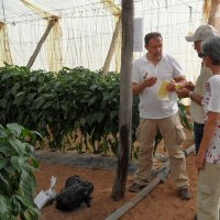 BioTropic-agricultural enginner Mauro Finotti (links) during a visit in Morocco